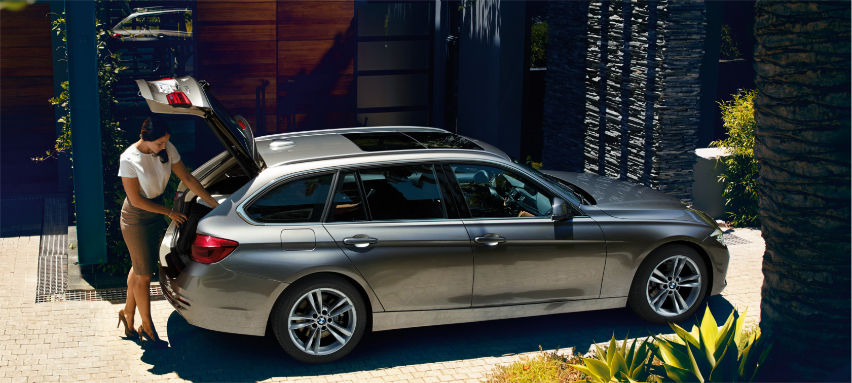 Comfort & Functionality of the BMW 3 Series Touring