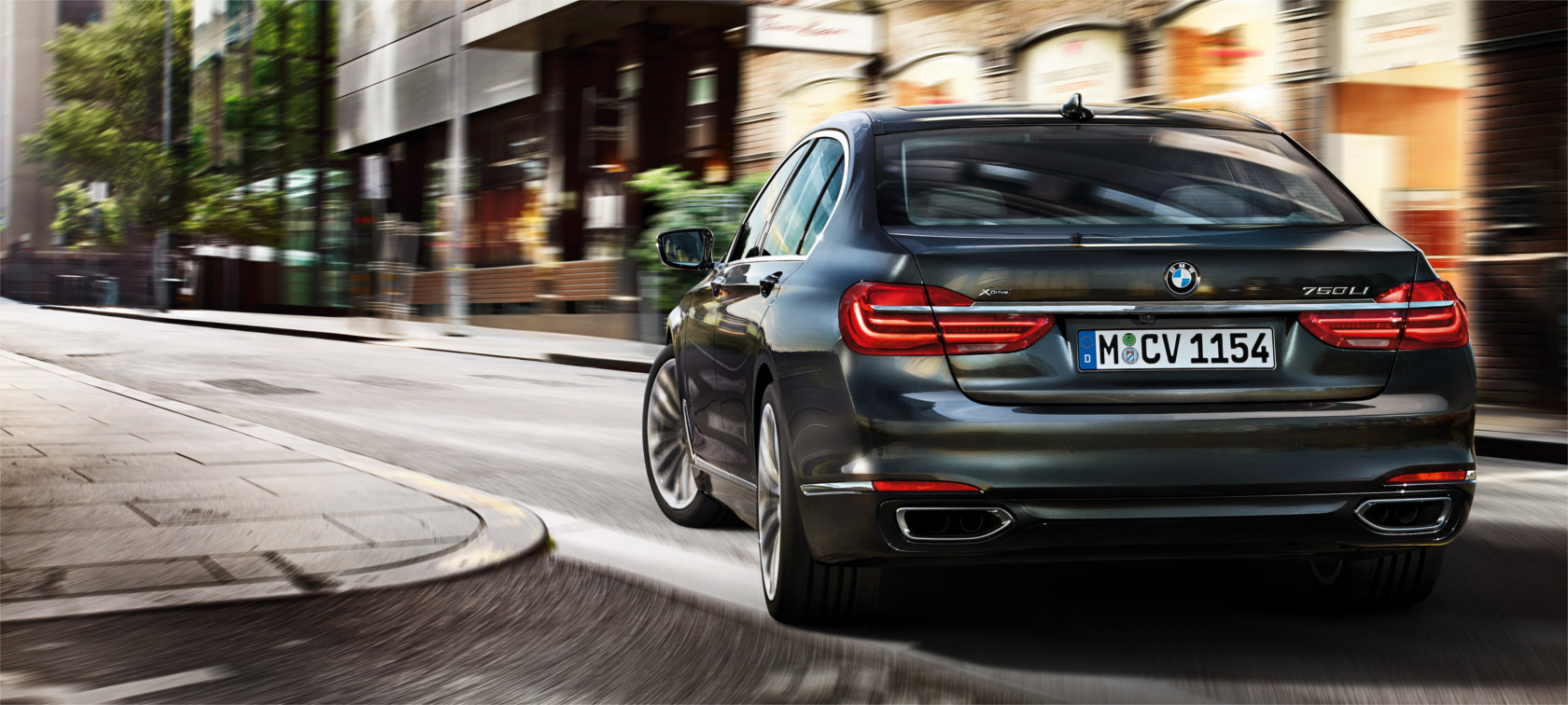 Driving dynamics & efficiency of the BMW 7 Series